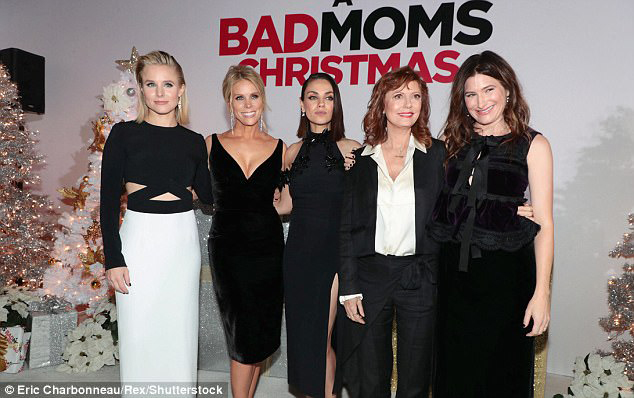 Bad-Mom-Christmas-Premiere01